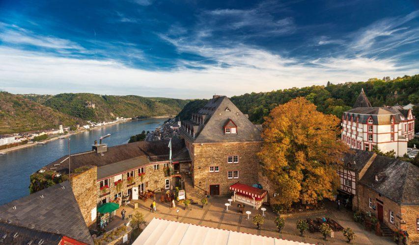 Romantik Hotel Schloss Rheinfels im Mittelrheintal