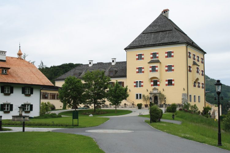 Schloss Fuschl Resort & Spa in Hof bei Salzburg