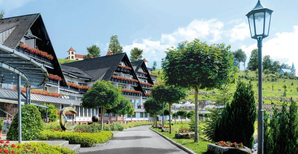 Relais & Châteaux Hotel Dollenberg Schwarzwald Resort*****S im Schwarzwald